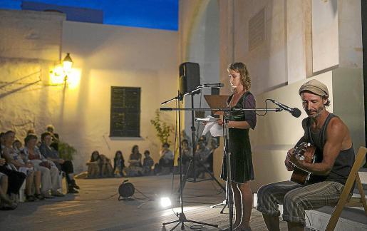 foto diario menorca 31_08_2014 versemblants poesia